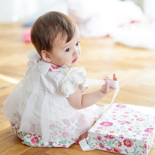 女の子出産祝い3点セット(名入れ可)|カンタービレ【スタイ・半袖トップス ・ショートパンツ】